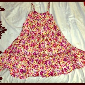 Size 6-7 floral girls dress